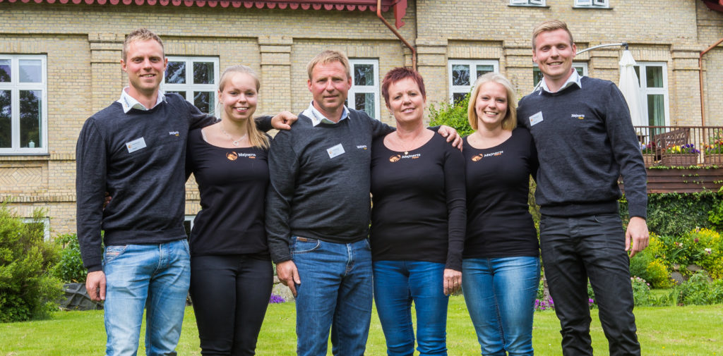 På billedet ses fra venstre: Kasper, Signe, Niels, Anne, Rie og Peter